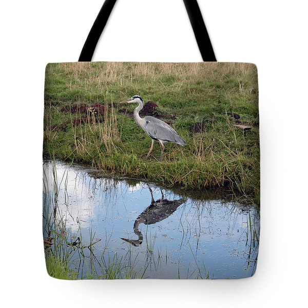 Tote Bag featuring the photograph Reflection by Vilas Malankar