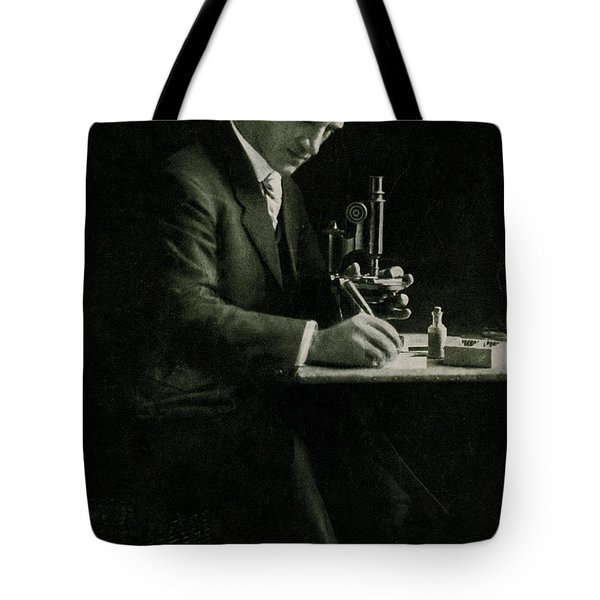 Richard C. Cabot, American Physician Tote Bag by Science Source
