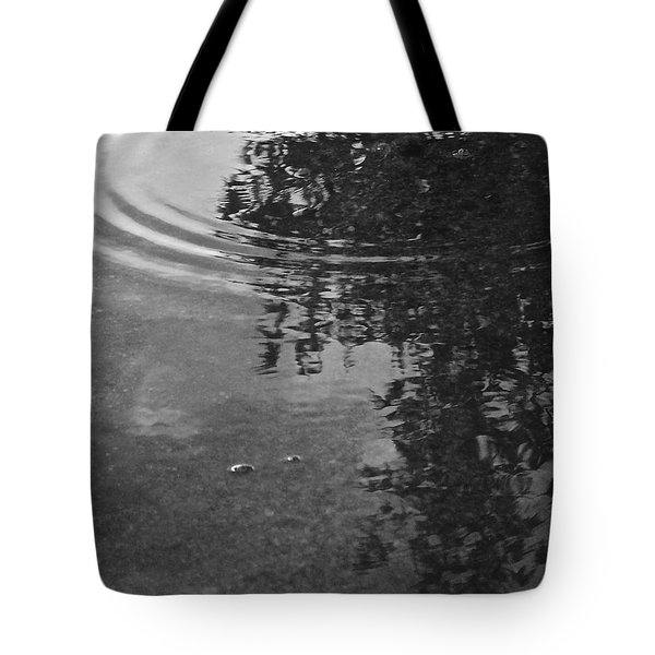 Tote Bag featuring the photograph Rippled Tree by Kume Bryant