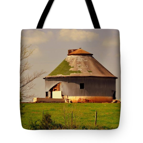 Round Barn Tote Bag by Marty Koch