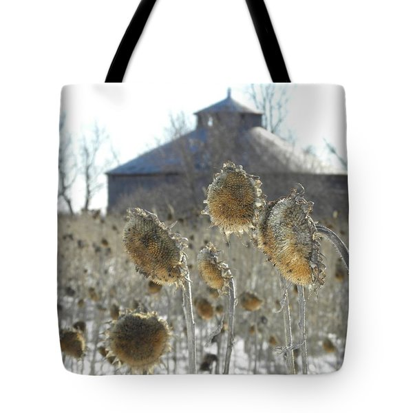 Round Barn With Sunflowers Tote Bag