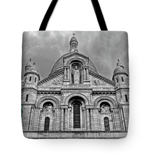 Tote Bag featuring the photograph Sacre Coeur Montmartre Paris by Dave Mills