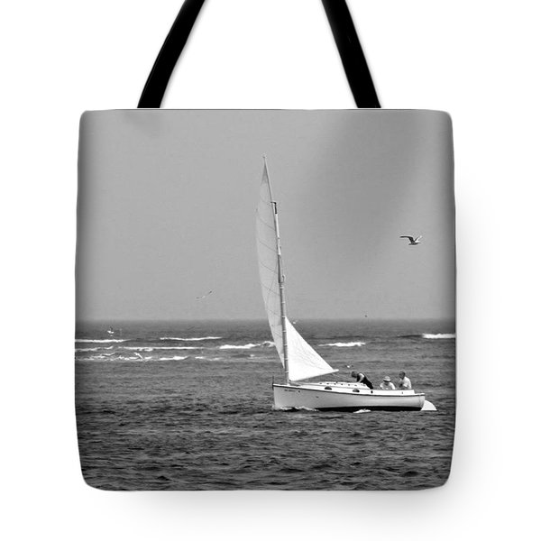 Sailing In Bw Tote Bag