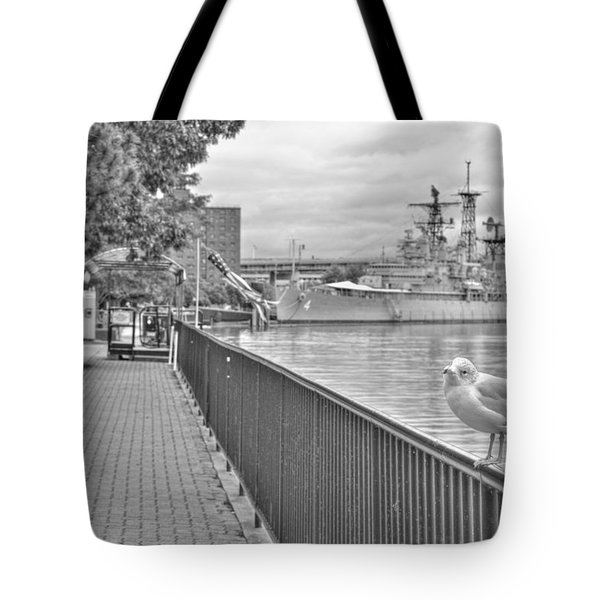 Tote Bag featuring the photograph Seagull At The Naval And Military Park by Michael Frank Jr