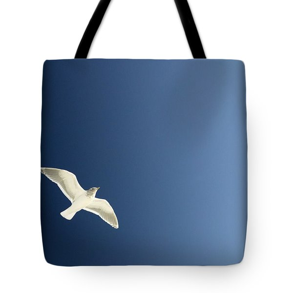 Seagull Soaring Tote Bag by Con Tanasiuk