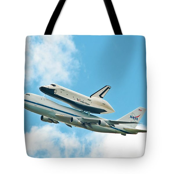 Shuttle Enterprise Comes To Ny Tote Bag by Regina Geoghan