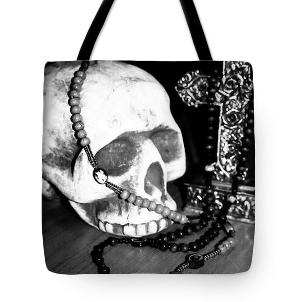 Skull 5 Tote Bag