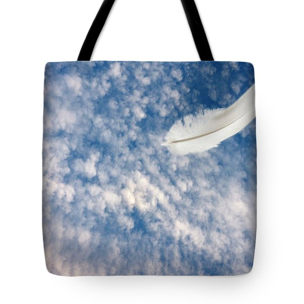 Tote Bag featuring the photograph Soar by Richard Piper
