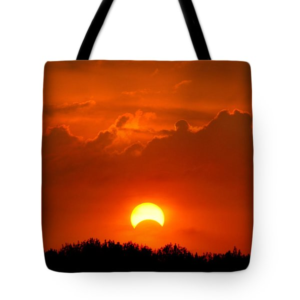 Solar Eclipse Tote Bag by Bill Pevlor