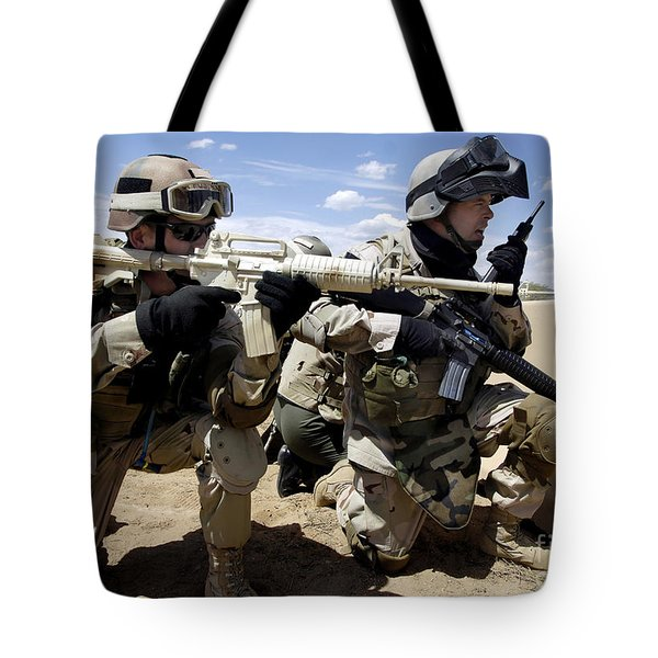 Soldiers Respond To A Threat Tote Bag by Stocktrek Images