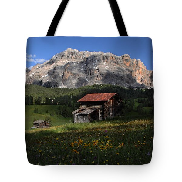 Tote Bag featuring the photograph Spring At Santa Croce by Susan Rovira