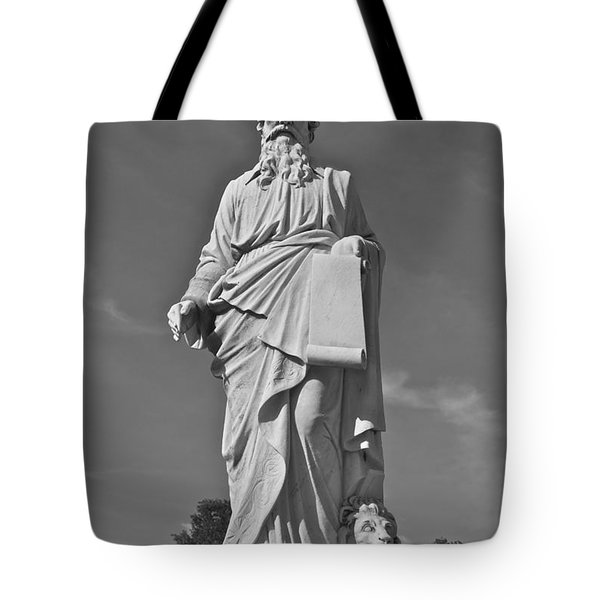 Statue 01 Black And White Tote Bag by Thomas Woolworth