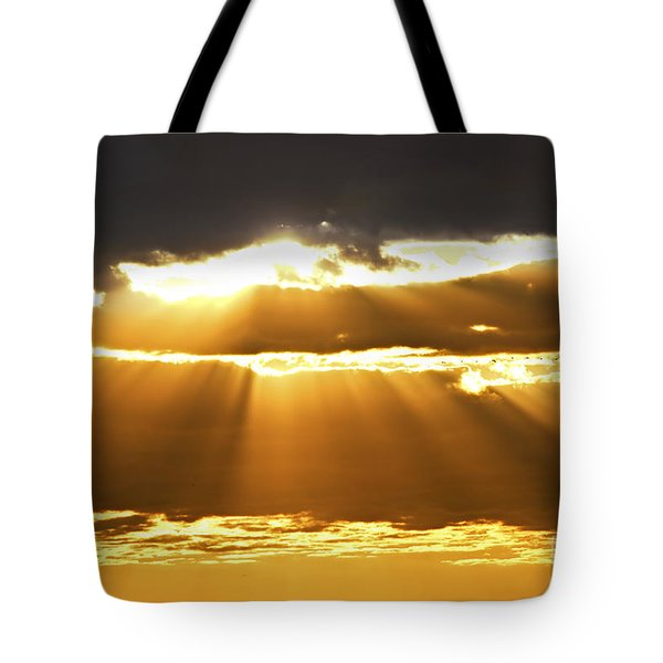 Sun Rays At Sunset Sky Tote Bag