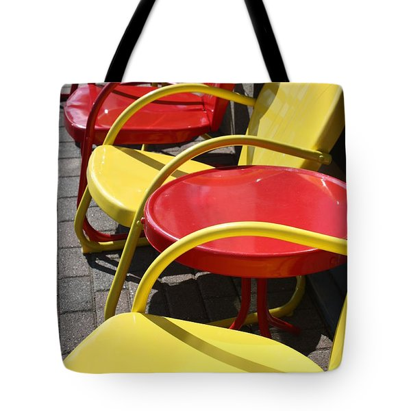 Sun Sits Tote Bag