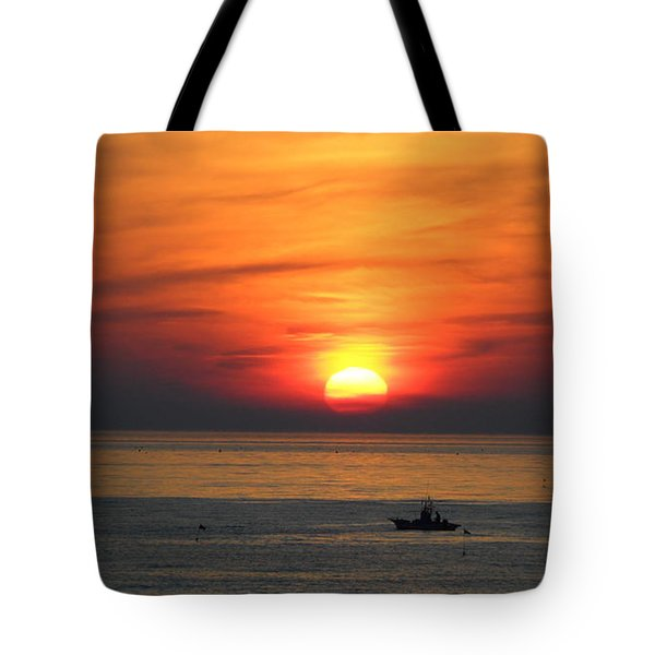 Tote Bag featuring the photograph Sunrise Over Gyeng-po Sea by Kume Bryant