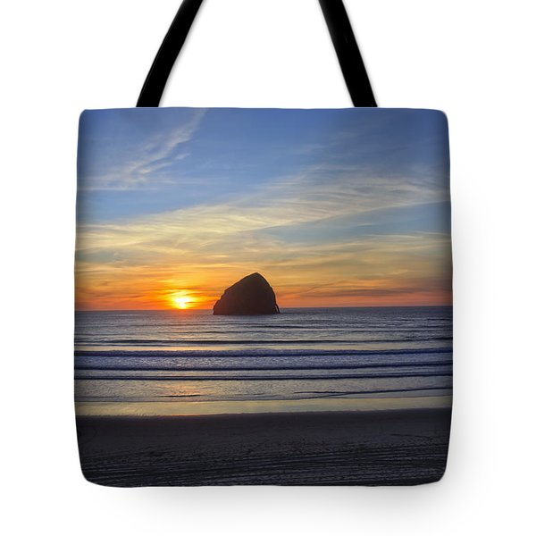 Sunset At Cape Kiwanda Oregon Tote Bag