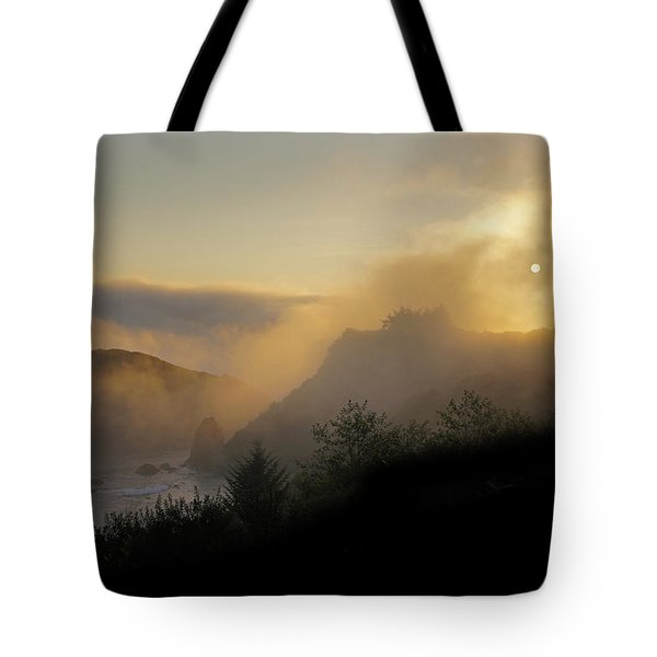 Sunset At Harris Beach Tote Bag by Mick Anderson