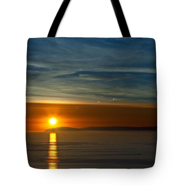 Tote Bag featuring the photograph Sunset Over Catalina by Sonny Marcyan