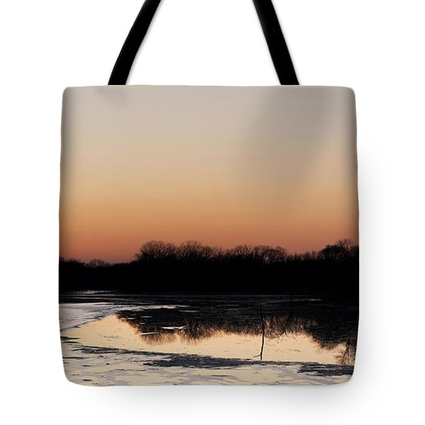 Sunset Over The Republican River Tote Bag by Art Whitton