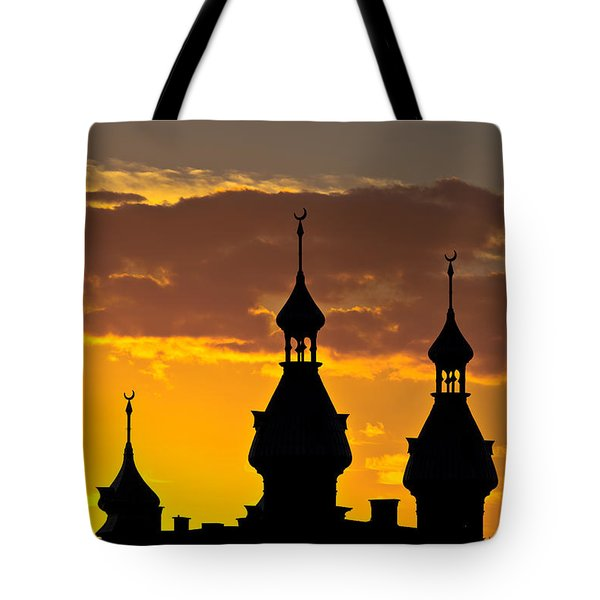 Tote Bag featuring the photograph Tampa Bay Hotel Minarets At Sundown by Ed Gleichman
