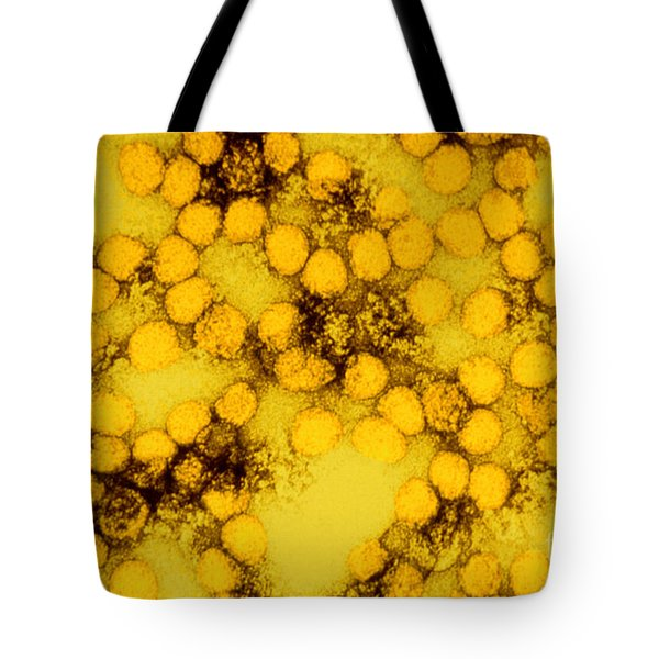 Tem Of Yellow Fever Viruses Tote Bag by Science Source
