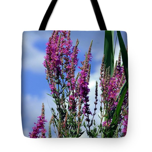The Flowers Praise Him Tote Bag by Kathleen Struckle