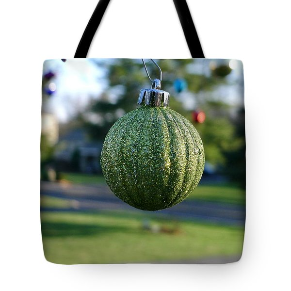 Tote Bag featuring the photograph The Green One by Richard Reeve
