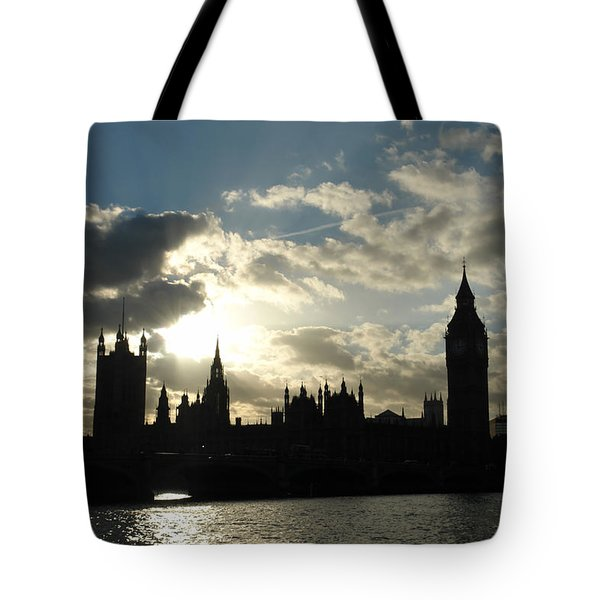 The Outline Of Big Ben And Westminster And Other Buildings At Sunset Tote Bag