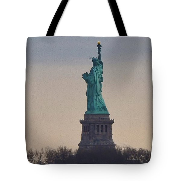 The Statue Of Liberty Tote Bag by Bill Cannon