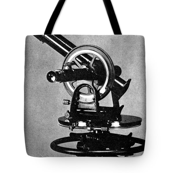 Theodolite, 1919 Tote Bag by Science Source