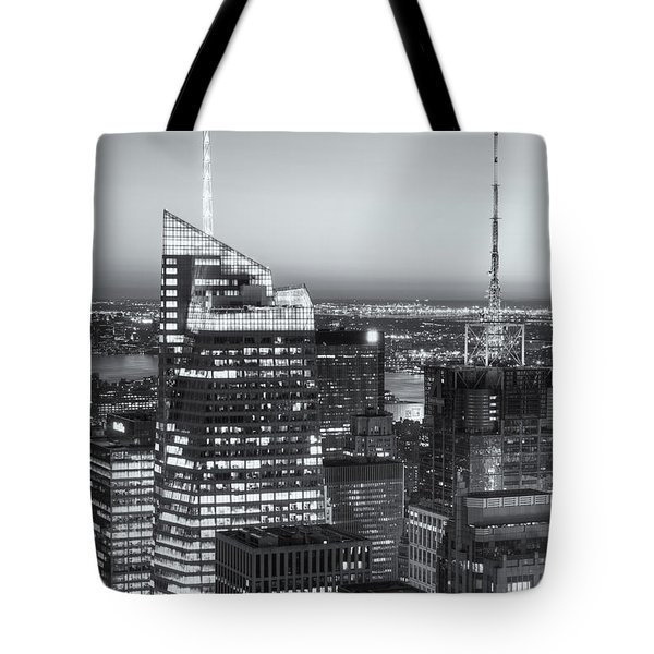 Top Of The Rock Twilight Vii Tote Bag by Clarence Holmes