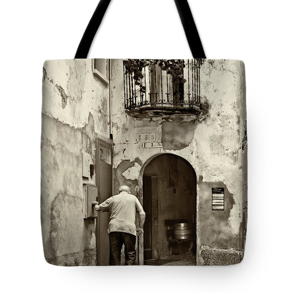 Toward Home Tote Bag