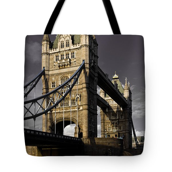 Tower Bridge Tote Bag by David Pyatt