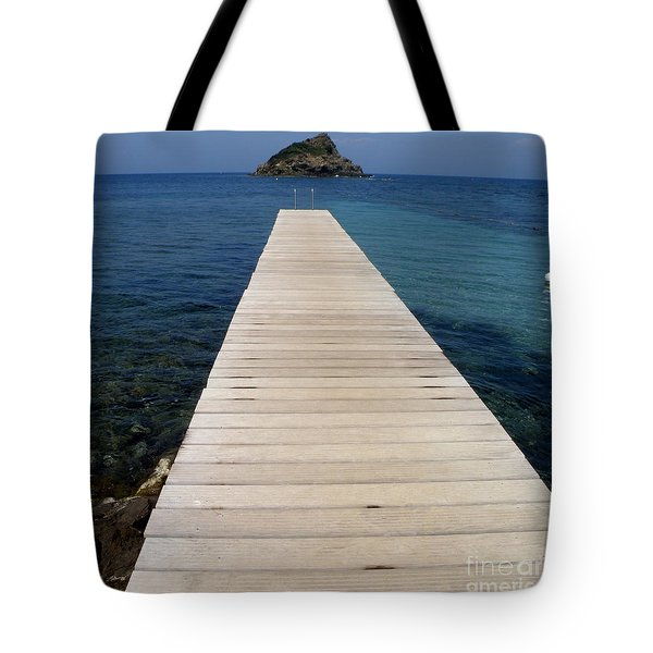 Tote Bag featuring the photograph Tranquility  by Lainie Wrightson