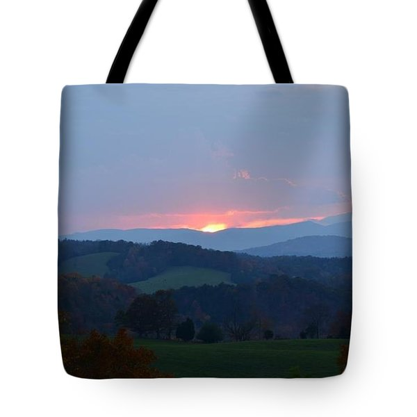 Tote Bag featuring the photograph Tranquill Sunset by Cathy Shiflett