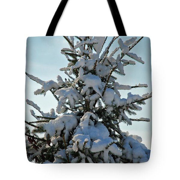 Tote Bag featuring the photograph Tree Top by Mark Dodd