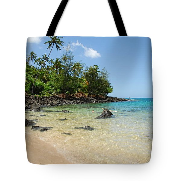 Tote Bag featuring the photograph Tropical Paradise by Lynn Bauer