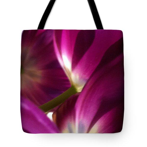 Tulip Weave Tote Bag