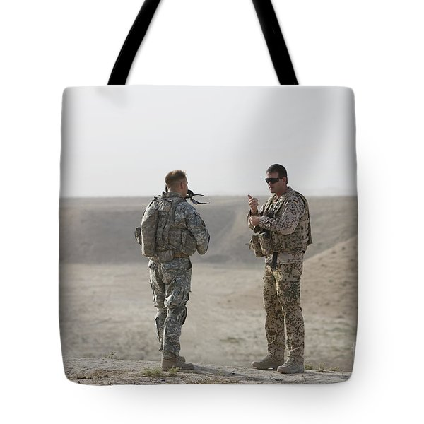 U.s. Army Soldier And German Soldier Tote Bag by Terry Moore