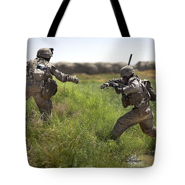 U.s. Navy Petty Officer Extends Tote Bag by Stocktrek Images