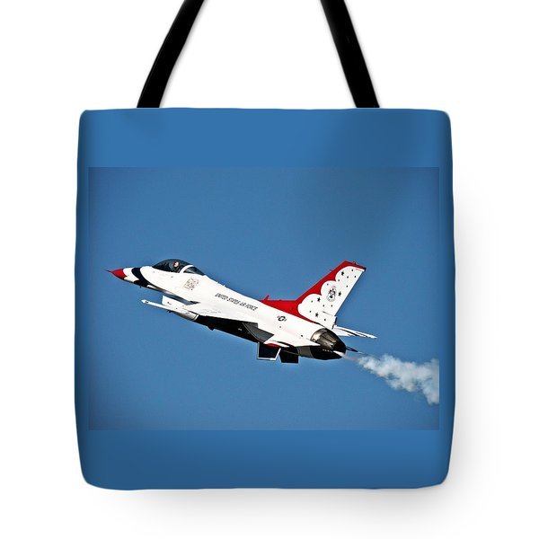 Tote Bag featuring the photograph Usaf Thunderbird F-16 by Nick Kloepping