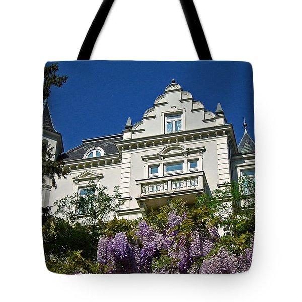 Via Giardini ... Tote Bag