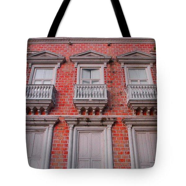 Victoria Tote Bag
