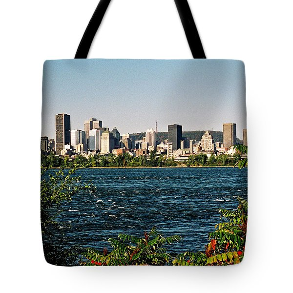 Tote Bag featuring the photograph Ville De Montreal by Juergen Weiss