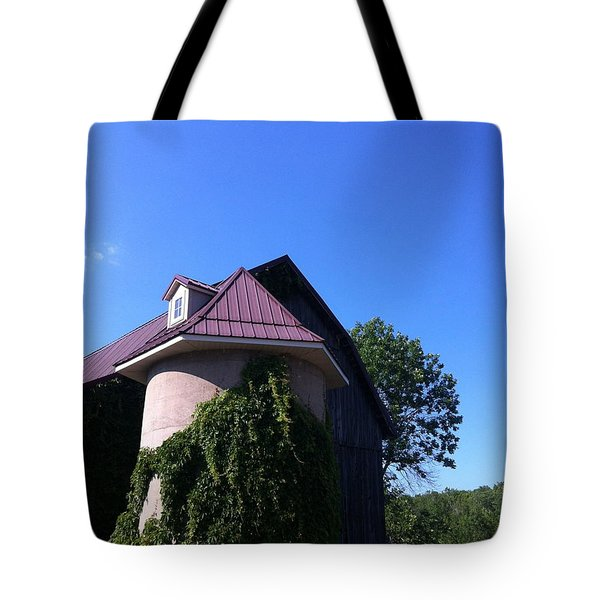 Tote Bag featuring the photograph Vineyard by Tiffany Erdman