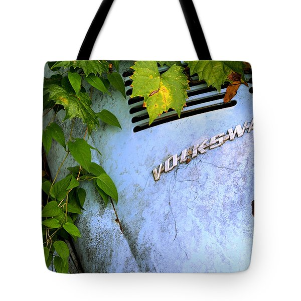 Vw Bug With Vines Tote Bag