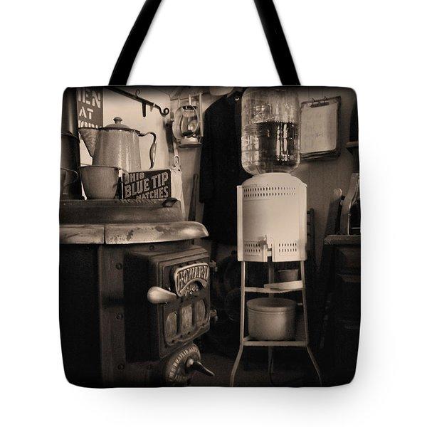 Warm Yourself A Bit Tote Bag by Cindy Nunn