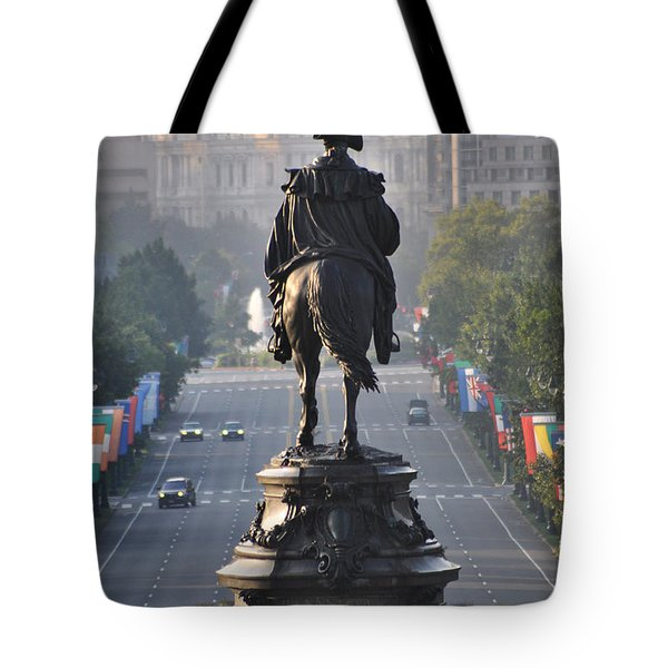 Washington Looking Down The Parkway - Philadelphia Tote Bag by Bill Cannon