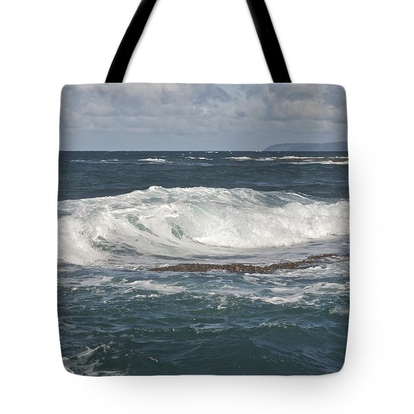 Waves Breaking 7952 Tote Bag by Michael Peychich