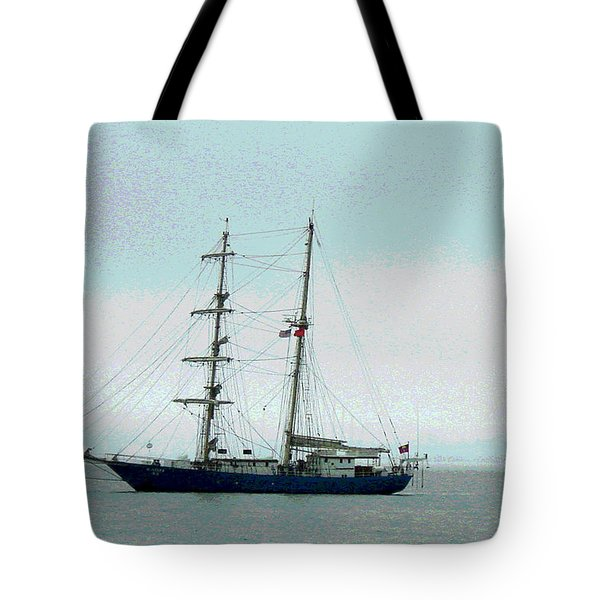 Weighing Anchor I Tote Bag by Suzanne Gaff